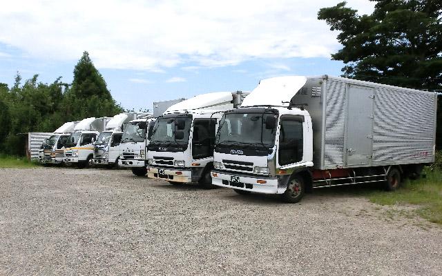 藤自動車運輸株式会社 トラック